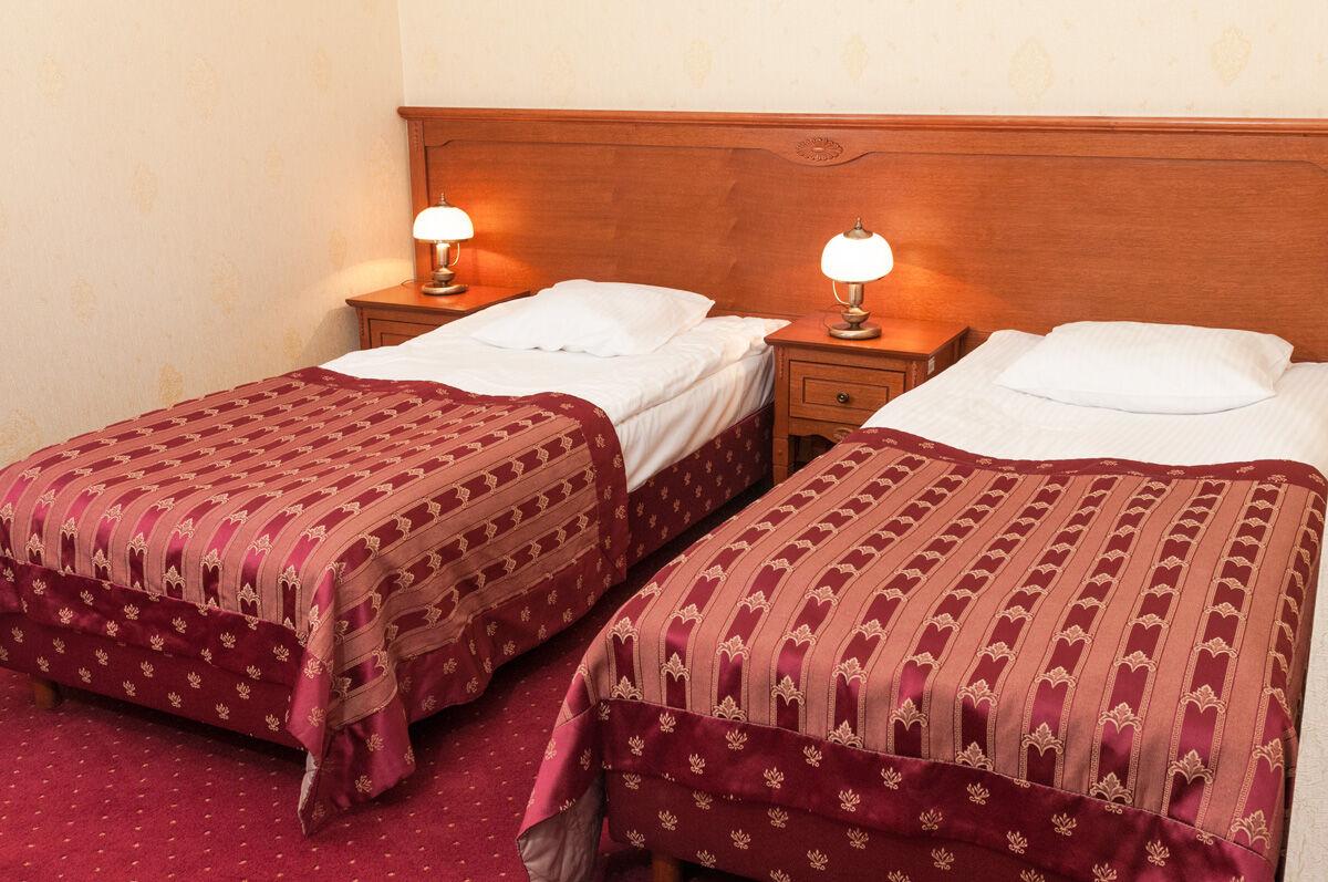 pokoje z łóżkami pojedynczymi w centrum sandomierza