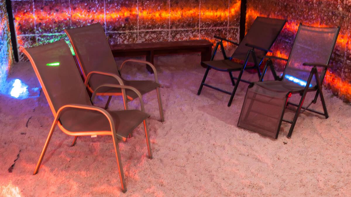relaks w jaskini solnej w sandomierzu