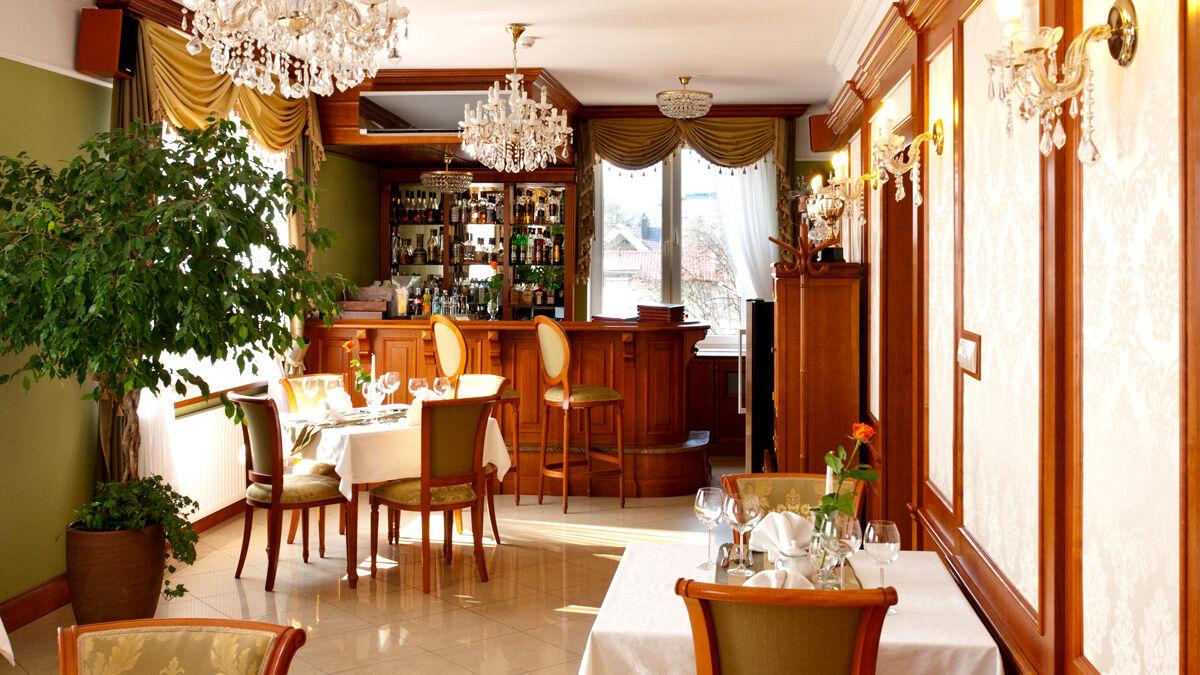 korona restauracja polska sandomierz