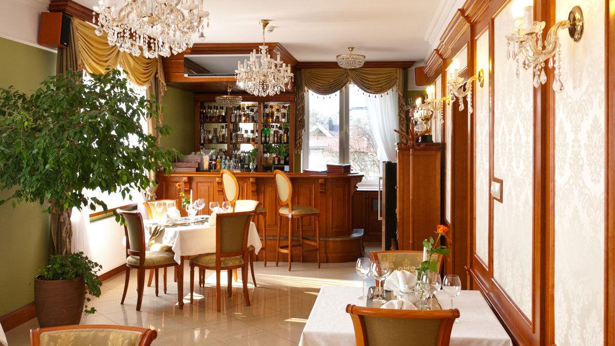 restauracja w hotelu korona
